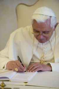 POPE SIGNS ENCYCLICAL 'CARITAS IN VERITATE'