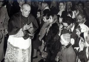 VI-IT-ART-20097-Dalla-Costa-l-ex-arcivescovo-di-Firenze-Giusto-fra-le-nazioni