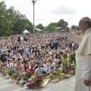 Contemplativi della Parola e del Popolo di Dio. Il Papa a Loppiano