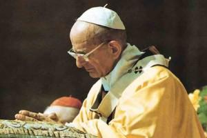 Paolo-VI-in-preghiera-serio