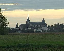 250px-Abbaye_de_Saint-Benoît-sur-Loire_1