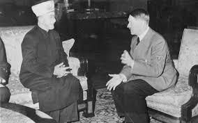 Gran Mufti of Jerusalem Amin al-Husseini e Adolf Hitler a Berlino,  28 novembre 1941. (Photo: Getty Images)
