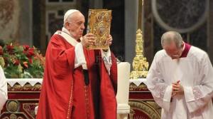 papa-francesco-san-pietro-e-paolo-evangeliario-110086.660x368